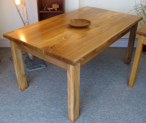 Premium Elm Dining Table. 160x94cm.  SOLD